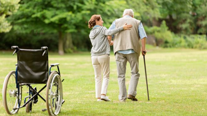 "Social Care: MPs seek cross-party group to ""sustain"" NHS"